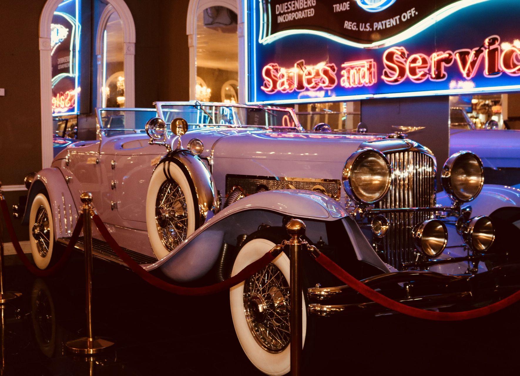 Duesenberg | Volo Car Museum | classic cars | lavender car | old ...