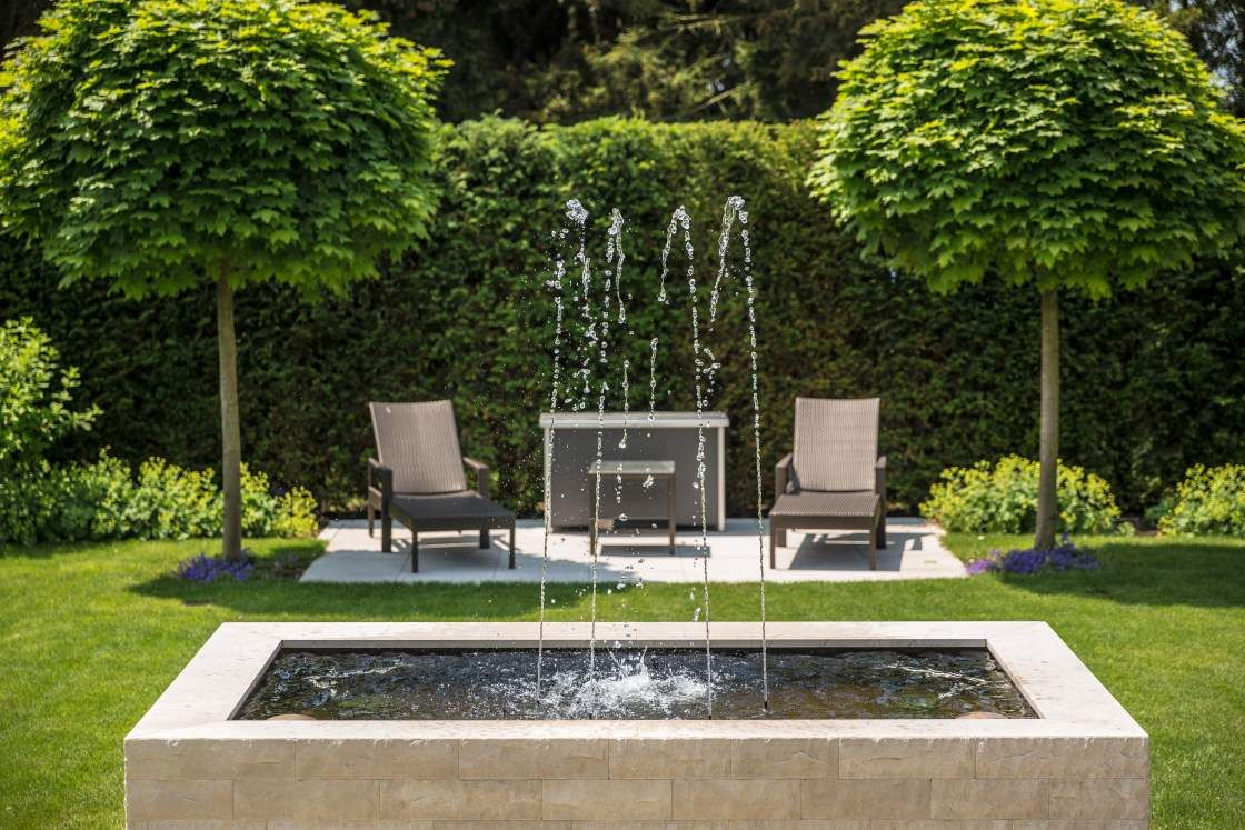 wasserspiel im garten wasser im garten pinterest. Black Bedroom Furniture Sets. Home Design Ideas