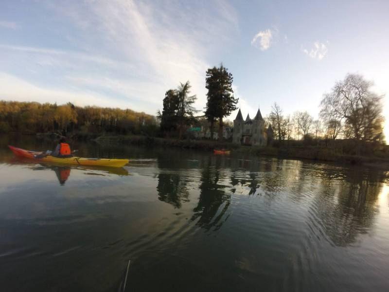 ombre  et lumière en kayak sur le golfe du morbihan