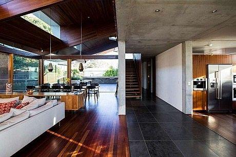 Edge House by Steele Associates