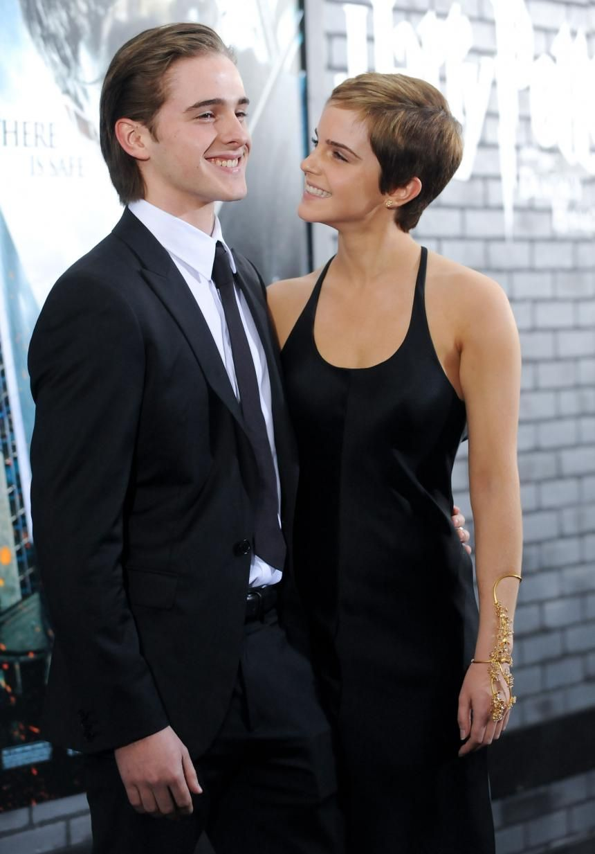 Celebrity Siblings: 10 Not Famous Brothers And Sisters You