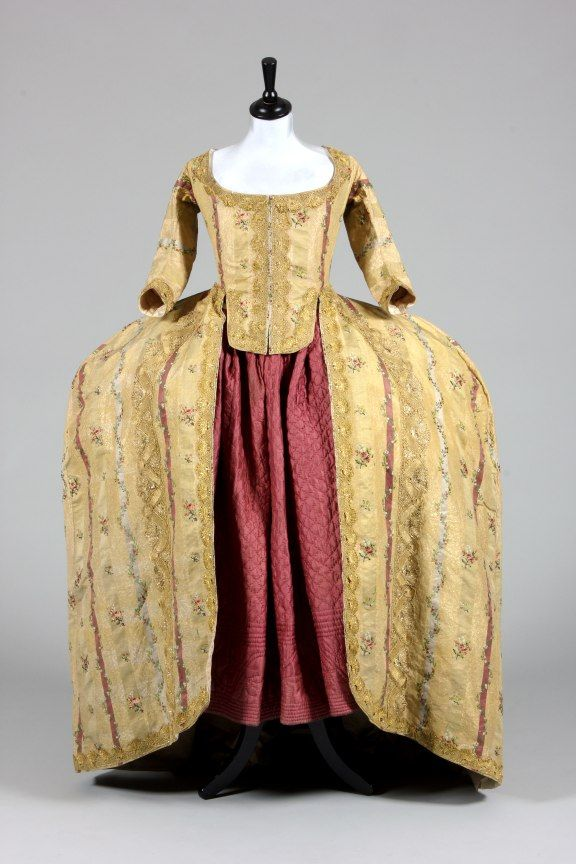 Robe à la française ca. 1770 From Kerry Taylor Auctions