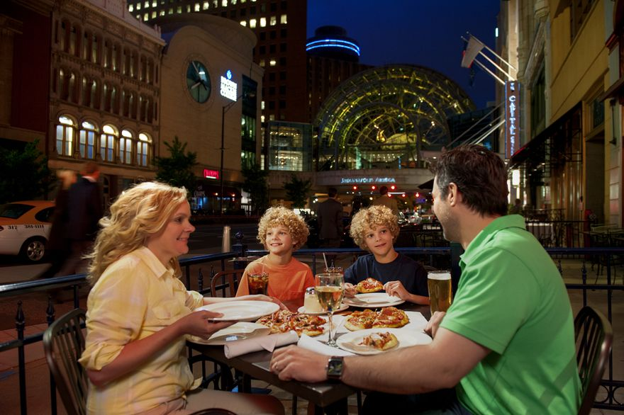 Check Out The Top Ten Kid Friendly Restaurants In Indianapolis