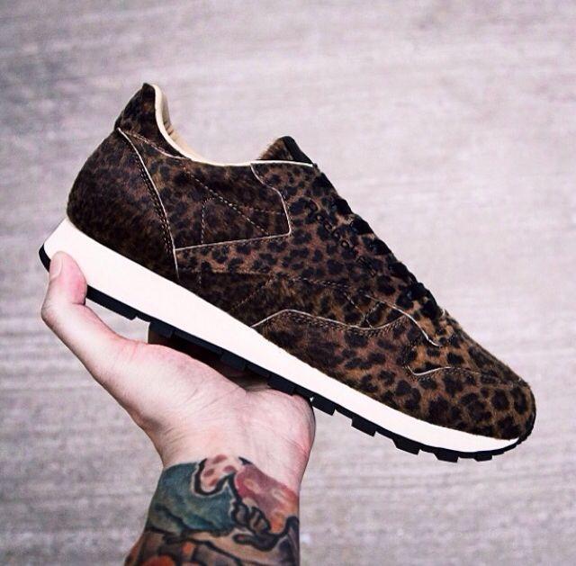1eaa1c83d2 Leopard Reebok kicks. Head Porter Plus x Reebok Classic Leather ...