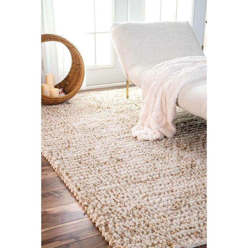 Nuloom Hand Hooked Casual Solid Remona Shag Rug Natural