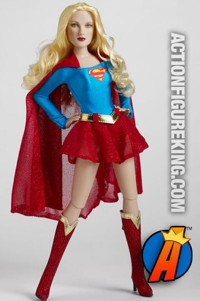 87eefcd0183de A head-to-toe view of this 13-inch Tonner dressed Supergirl figure ...