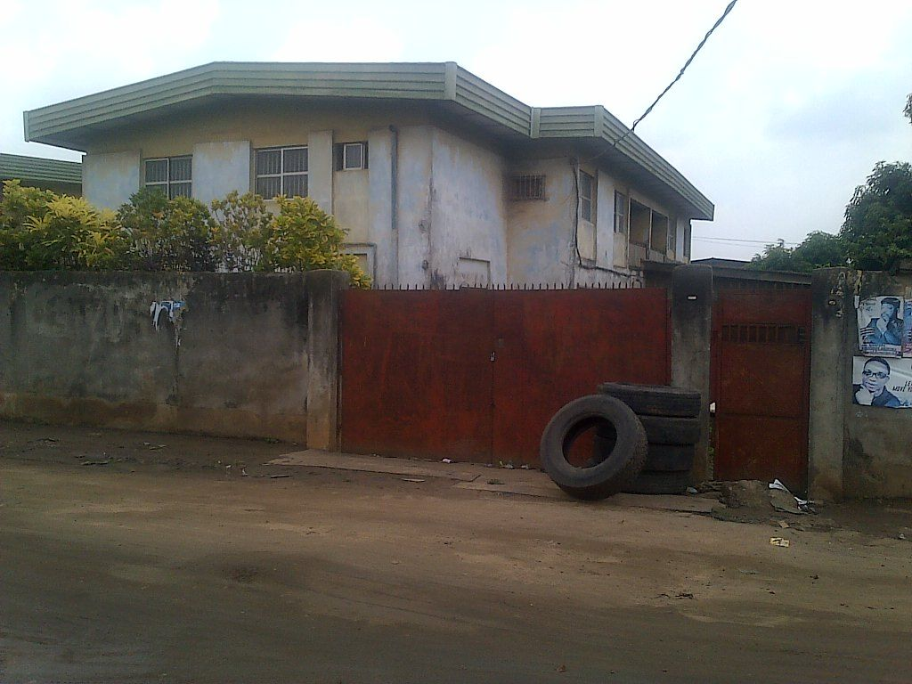 5bed Twin Duplex On 3plots Of Land At Abule Egba Lagos For Sale Du Generator House Gate House Lagos