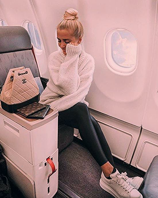 Photo of 12 Cute Airport Outfits You'll Need For Your Spring Break Travels – Society19