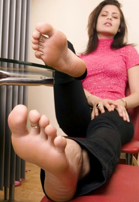 Foot Slaves Tube