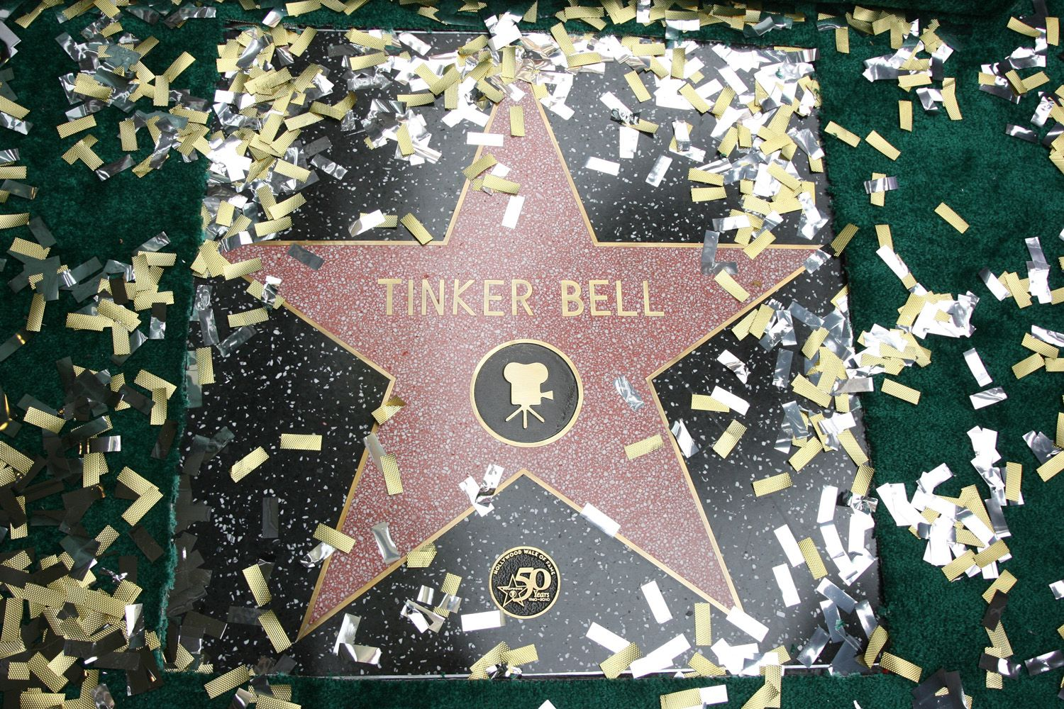 Today, Tinkerbell was greatly honoured, receiving a Fame Star on the Hollywood Walk of Fame. Description from disneypixarfanatics.blogspot.com. I searched for this on bing.com/images