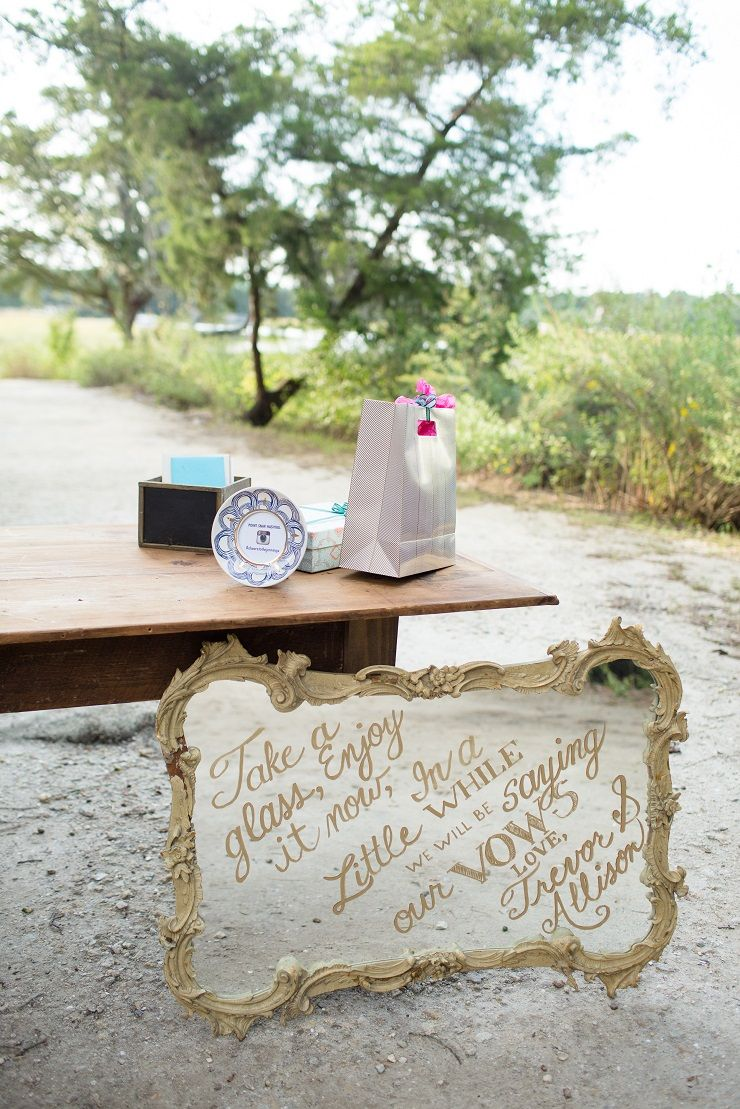 Wedding favor sign - Hand-lettering on vintage mirror | fabmood.com