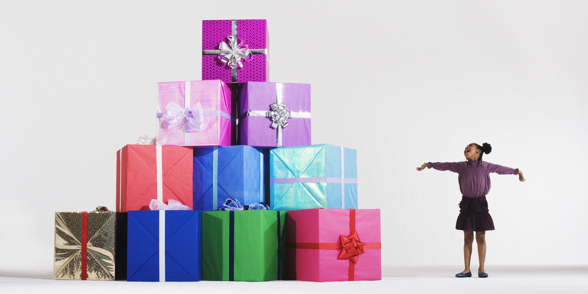Cheap gift ideas under 20 100 popular christmas gifts via cheap gift ideas under 20 100 popular christmas gifts via hiffington post izmirmasajfo Image collections