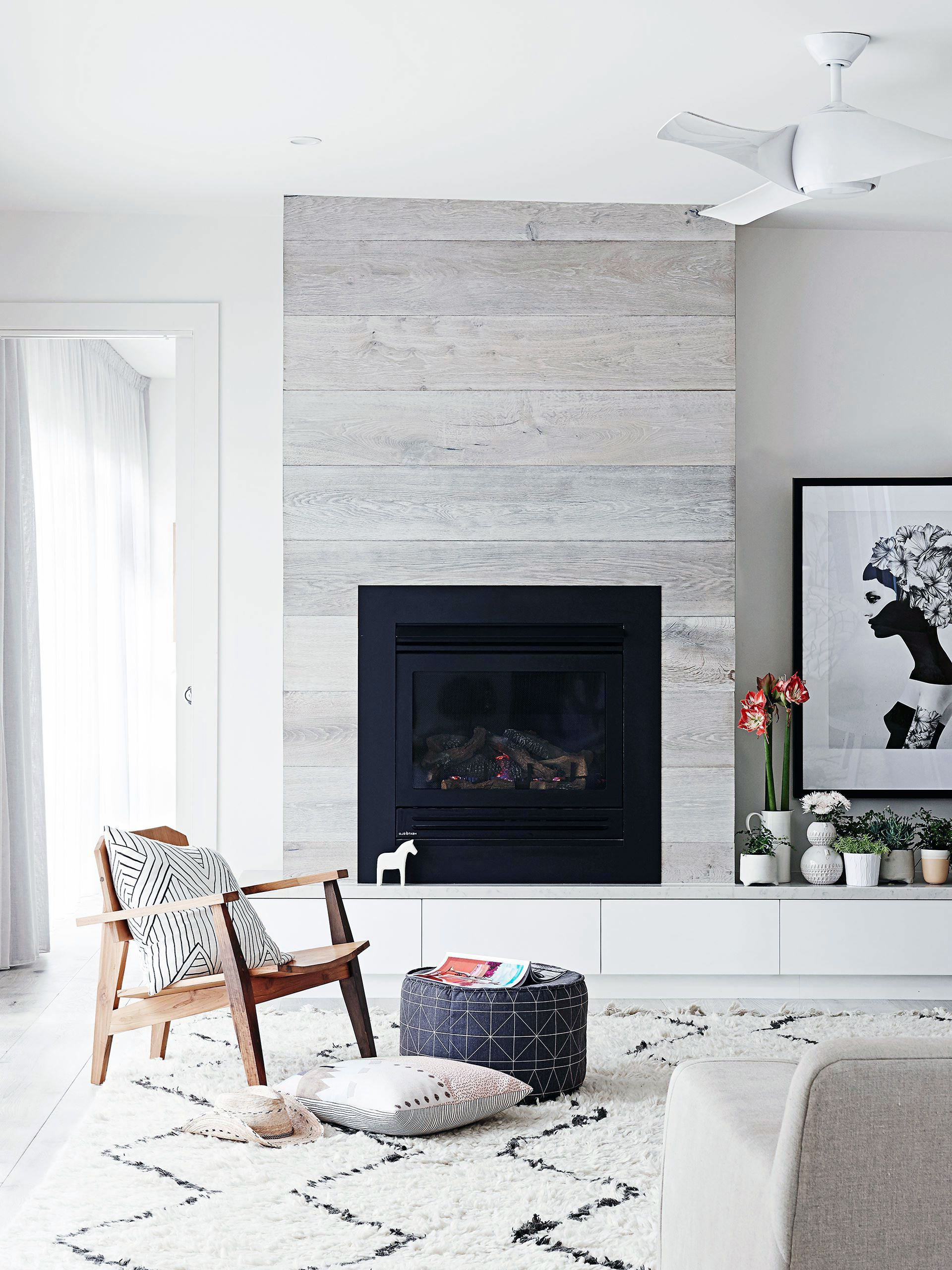 43 Amazing Fireplace Ideas For Scandinavian Living Rooms In