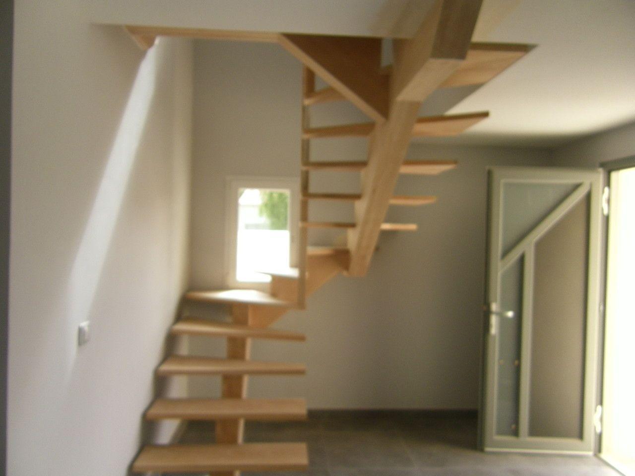 Escalier Limon Central Supendu En Hetre Escalier