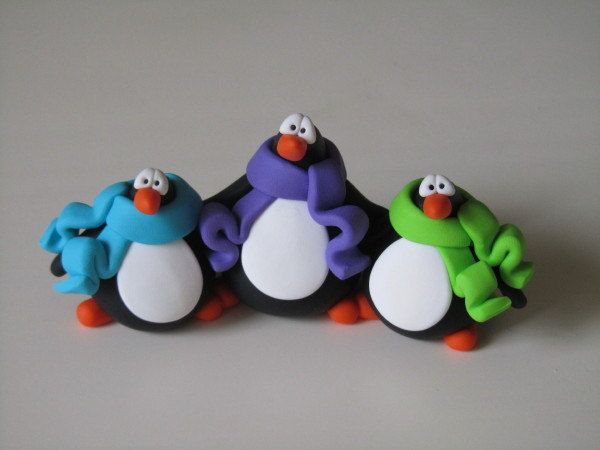 polymer clay penguin family via etsy stuff pinterest knete modeliermasse und fimo. Black Bedroom Furniture Sets. Home Design Ideas