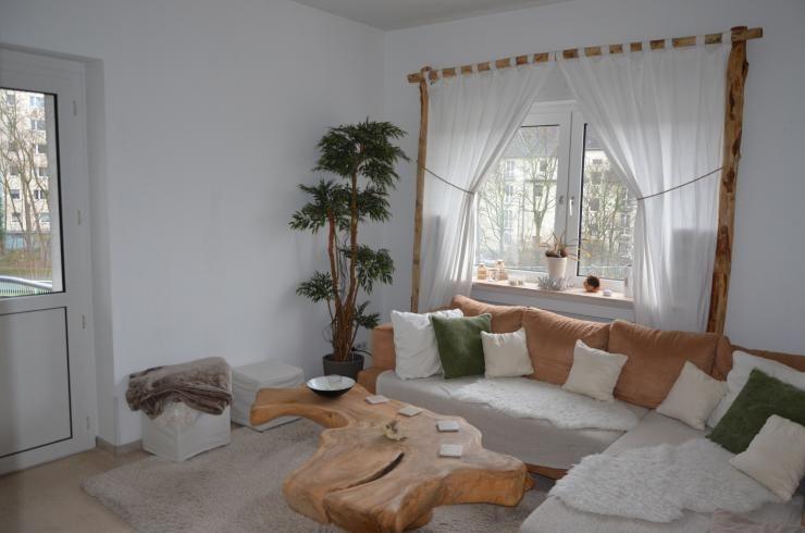 Gemütliches Wohnzimmer mit Naturmaterialien Bambus als - bambus im wohnzimmer