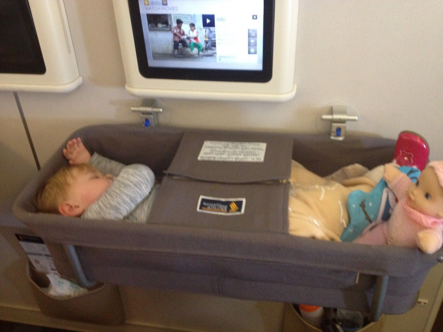 Baby bed airplane - Find This Pin And More On Aero Plane