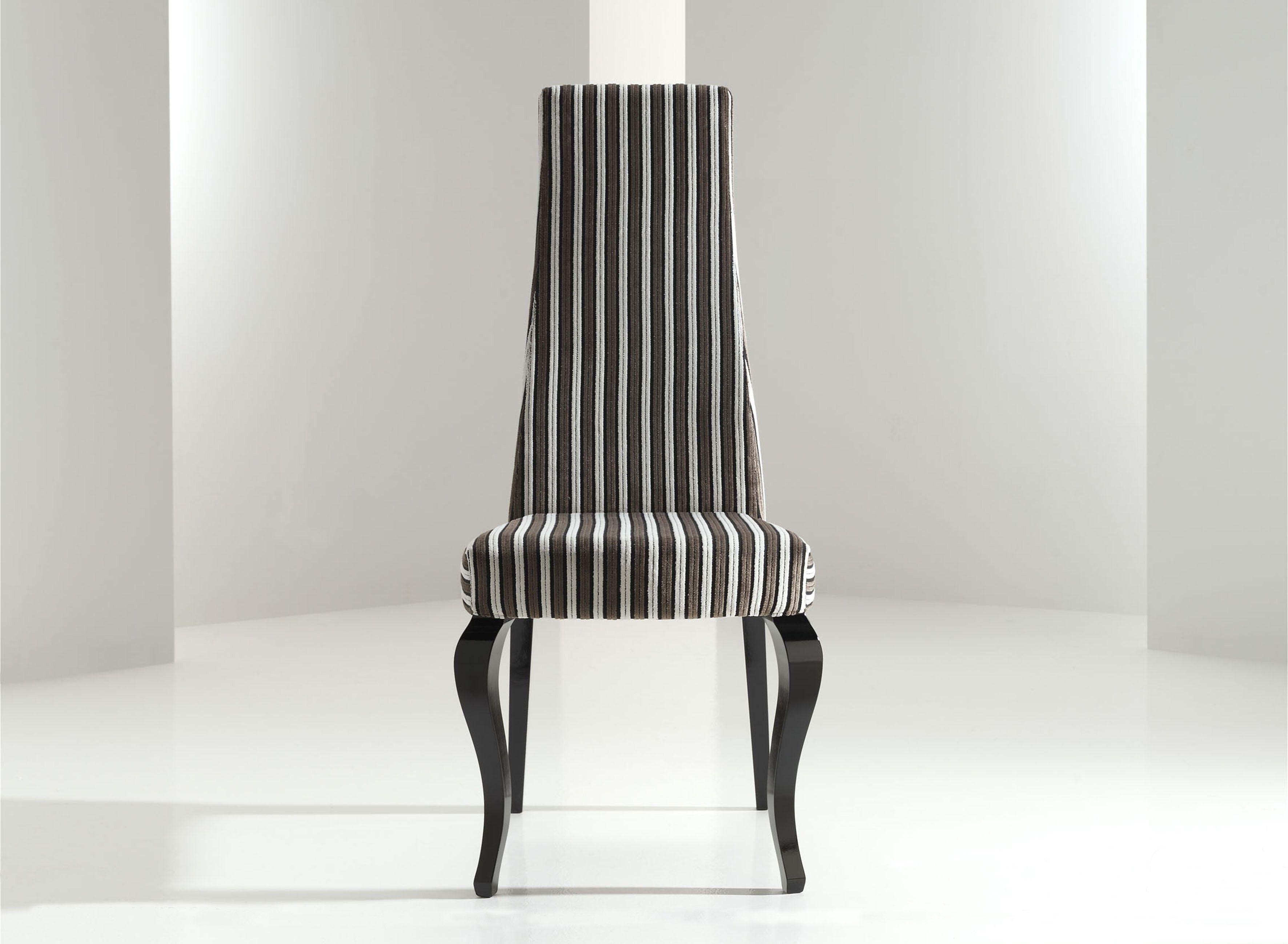 Silla moderna tapizada adelfa sillas de comedor modernas for Sillas isabelinas tapizadas modernas