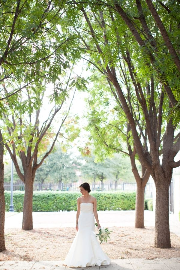 Photo of Fort Worth Bridal Session by Jeremy & Kristin Photography | Fort Worth Photo Shoot