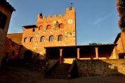 Certaldo Alto (Toscana) http://lillyslifestyle.wordpress.com/2013/07/22/toscana-certaldo-alto/