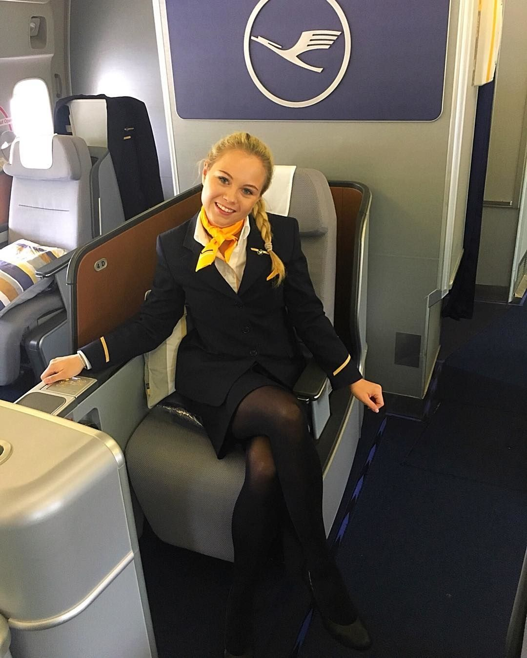 Lufthansa Stewardess  Came Fly With Me  Flight Attendant -4895