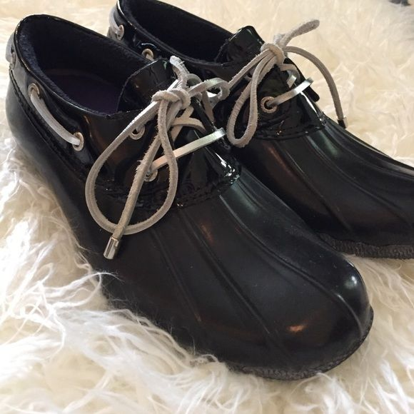 """Sperry Ankle Duck Boots Excellent used condition, worn maybe once or twice.  The soles have some """"bloom"""" that naturally occurs on rubber over time.  It can be removed. Sperry Top-Sider Shoes Winter & Rain Boots"""