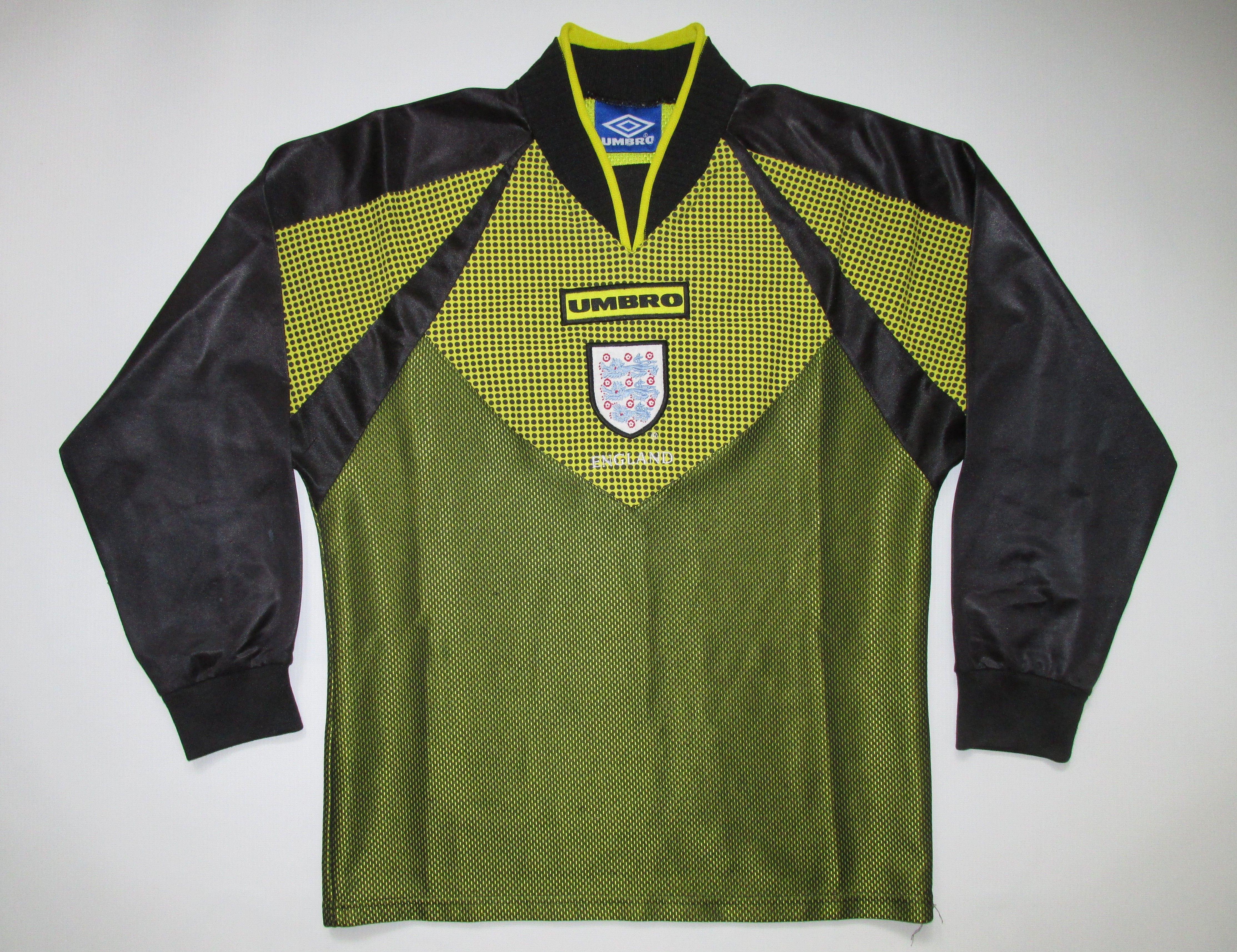 England 1998 1999 Goalkeeper Football Shirt By Umbro Vintage Soccer Worldcup Retro 90s Jersey Threelions England Goalkeeper Shirts Football Shirts Goalkeeper