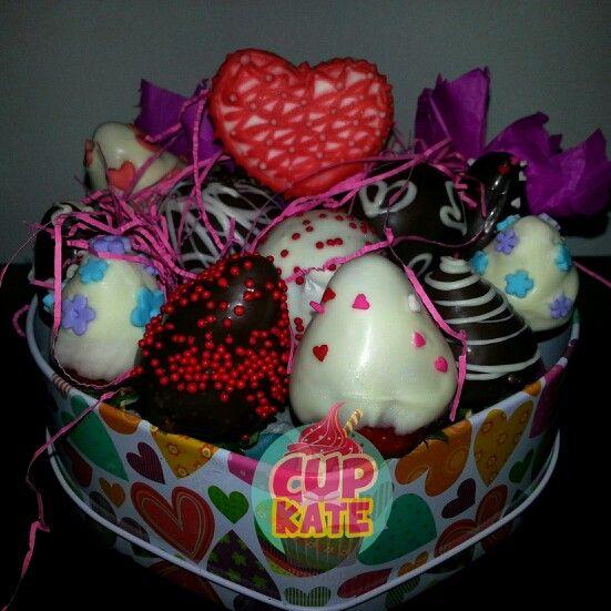 La mejor combinacion!! Fresas y cake pops