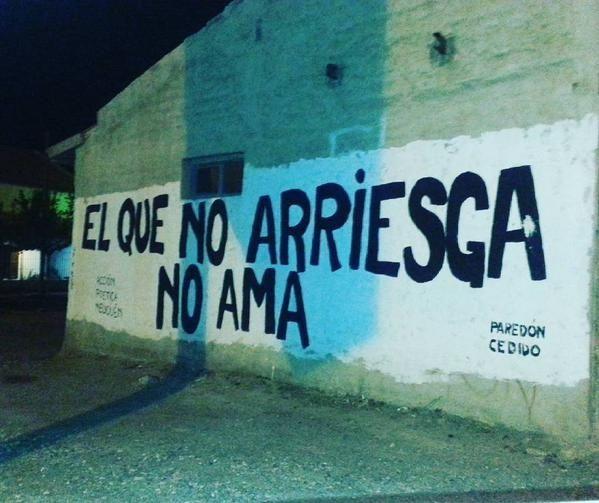 El que no arriesga no ama  #accion #paredes