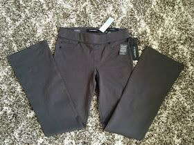 Love the grey color of these Liverpool - Jordyn Bootcut Pant-loving Liverpool pants! I've worn these to work many times!