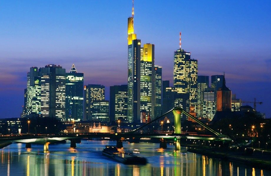 Frankfurt Skyline 4k Ultra Hd Wallpaper 4k Wallpaper Net
