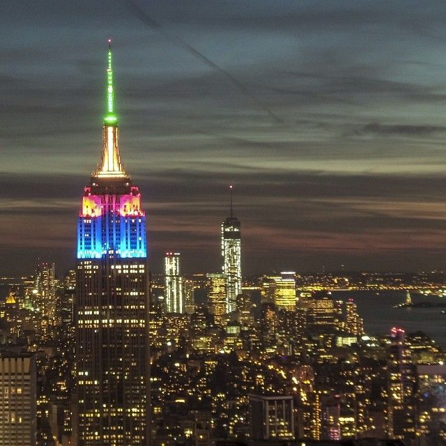 Photo by @irablockphoto (Ira Block) The light of freedom that Nelson Mandela brought to the world is reflected in the colors of the South African flag illuminating New York City's Empire State Building