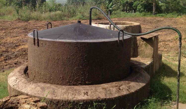 Floating drum biogas build a biogas plant home