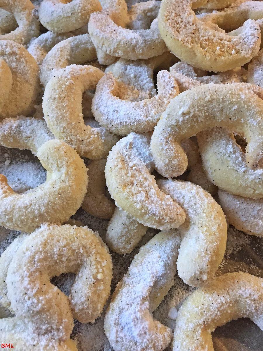 Vanillekipferl…klassische Weihnachtsbäckerei