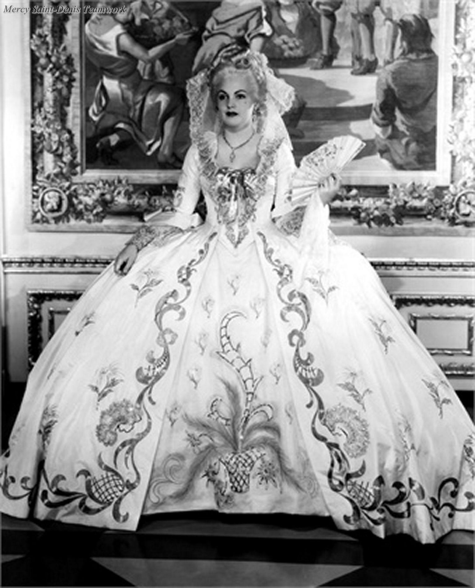 Maria-Antoaneta Tudor Nude Photos 88