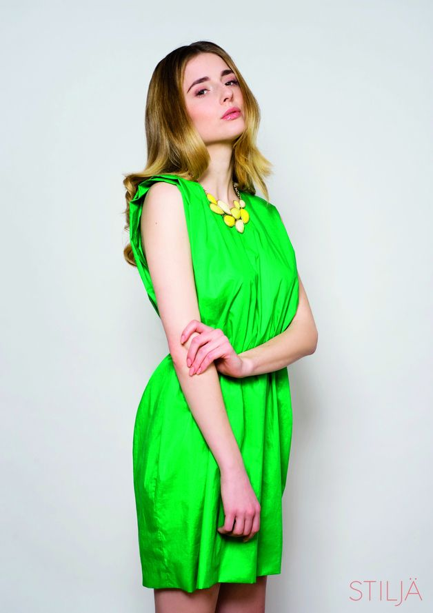 neues Konzept d2ed5 da47c Neongrünes Kleid // neon green dress by Stiljä via DaWanda ...