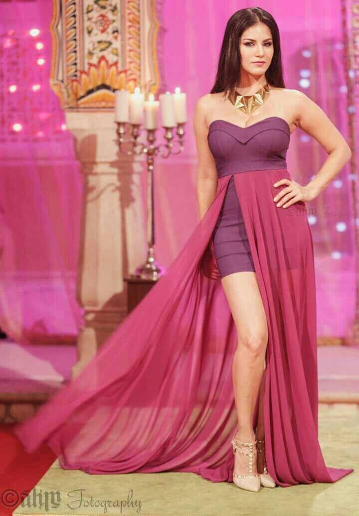 Pin de Rajawali Mma en Sexy Gown | Pinterest