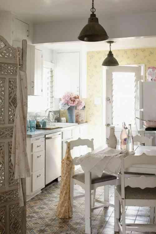 Carrelage marocain et fleurs