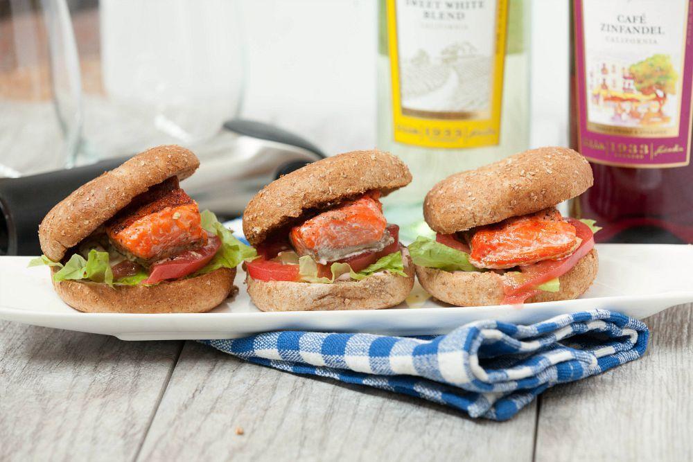 Grilled Salmon Bagel Sliders with Strawberry Jalapeno Cream Cheese & Basil Aioli #SundaySupper #GalloFamily #Ad