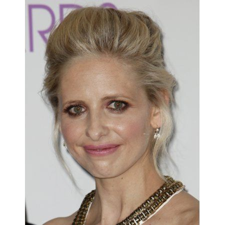 Sarah Michelle Gellar In The Press Room For 40Th Annual The PeopleS Choice Awards 2014 - Press Room Canvas Art - (16 x 20)