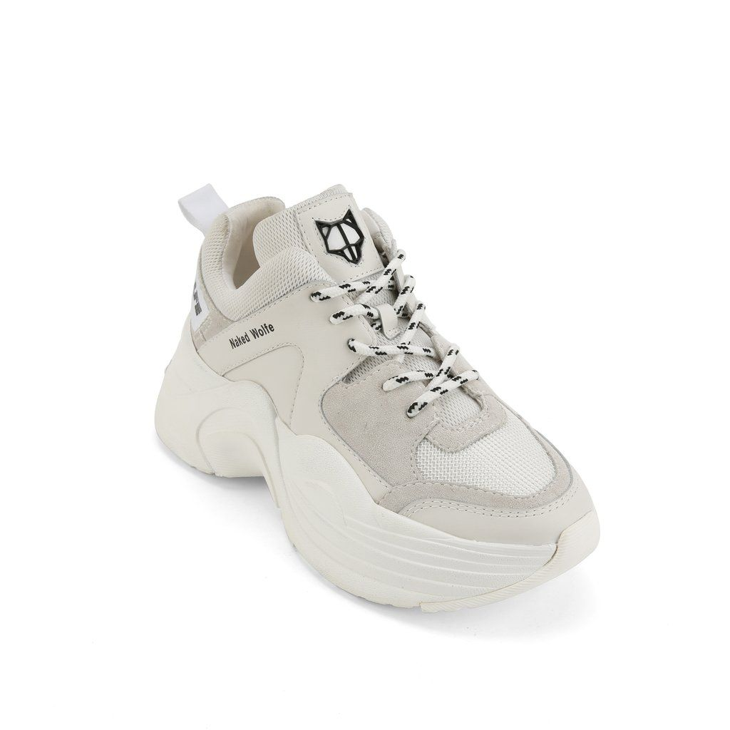 Track White | Baskets blanches, Chaussure et Baskets