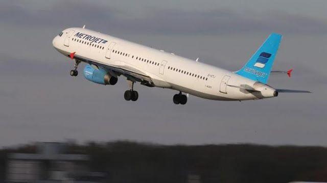 Menuju Suriah Pesawat Rusia Jatuh ke Laut  Headlineislam.com - Pesawat Departemen Pertahanan Rusia jenis TU-154 dilaporkan jatuh dalam perjalanan menuju Lattakia Suriah pada Ahad (25/12). Sebelumnya pesawat yang mengangkut puluhan orang itu dilaporkan hilang kontak. Menurut pernyataan Dephan Rusia pesawat yang saat ini hanya dipakai pemerintah itu mengangkut 83 penumpang dan 8 awak. Pesawat menuju ke Suriah bertolak dari bandara di kota Sochi Rusia. Mayoritas penumpang dilaporkan anggota…