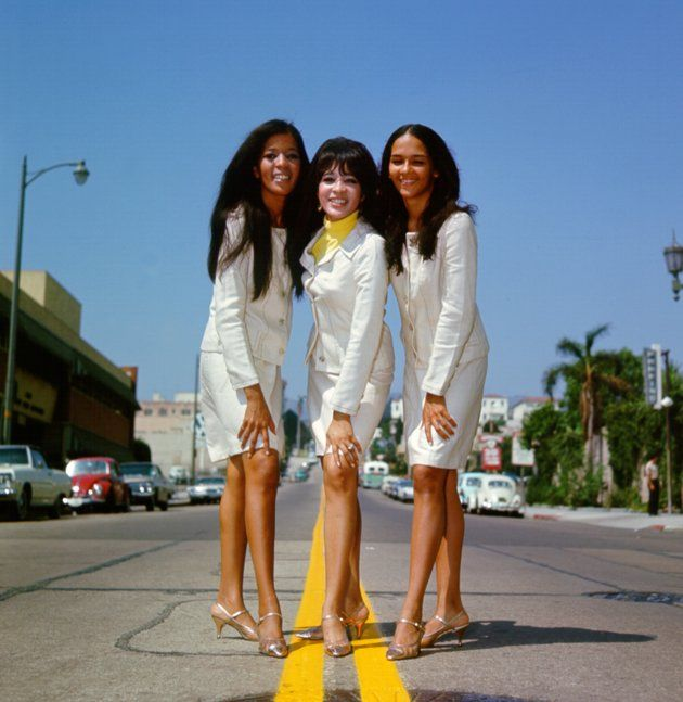 Members of Phil Spector's sensational girl group the Ronettes | The ronettes,  Ronnie spector, Ebony magazine cover