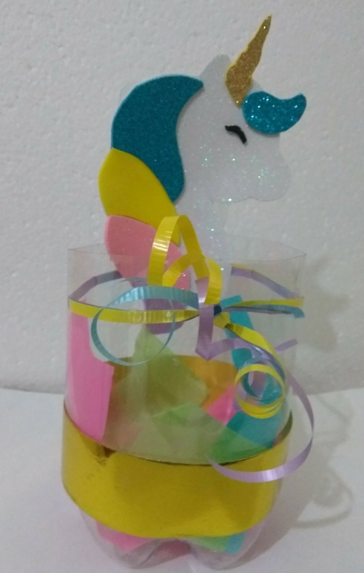 Dulcero unicornio botella de pl stico reciclaje d a del - Mesas para ninos de plastico ...
