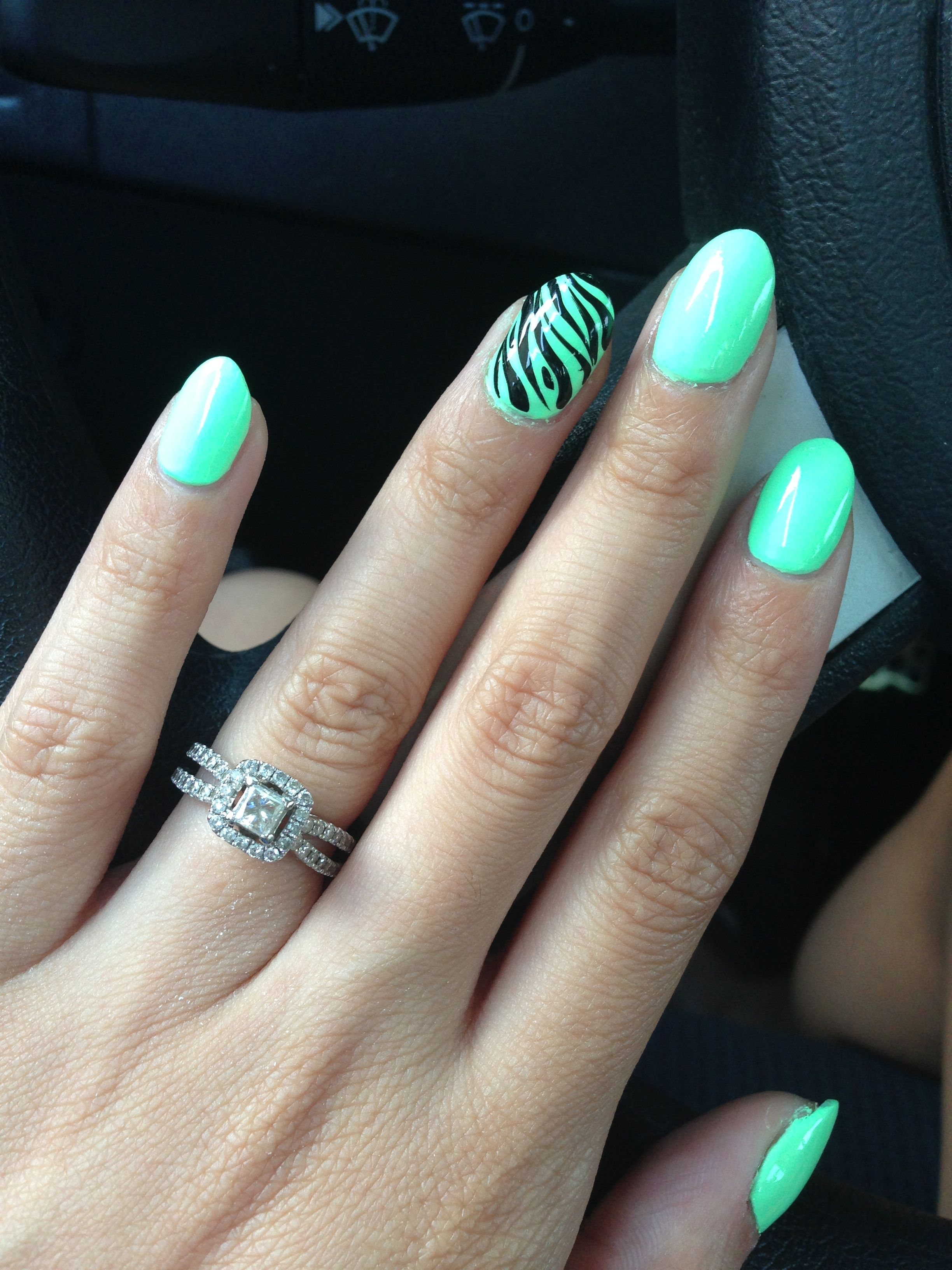 Mint almond nails with zebra print or even without zebra print | De ...