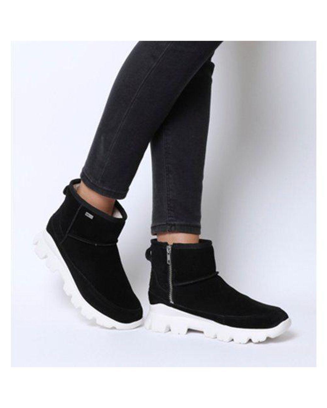 5f1d4088a10 Ugg - Black Palomar Sneaker - Lyst