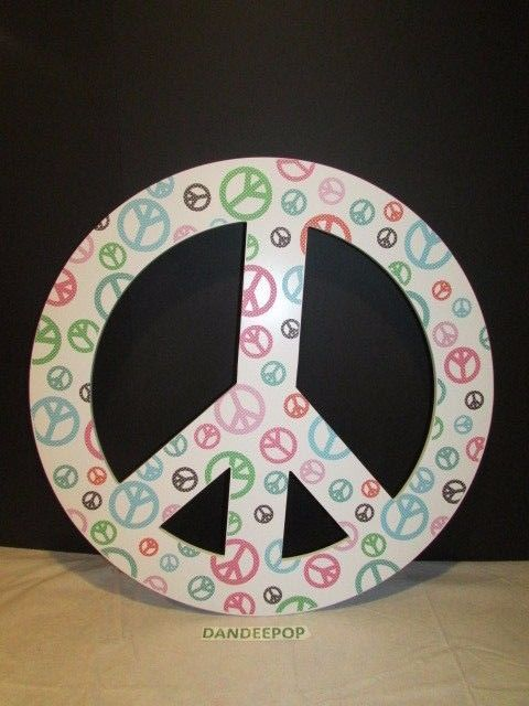 Pottery Barn Light Up 24 Quot Round Peace Sign Wall Decor
