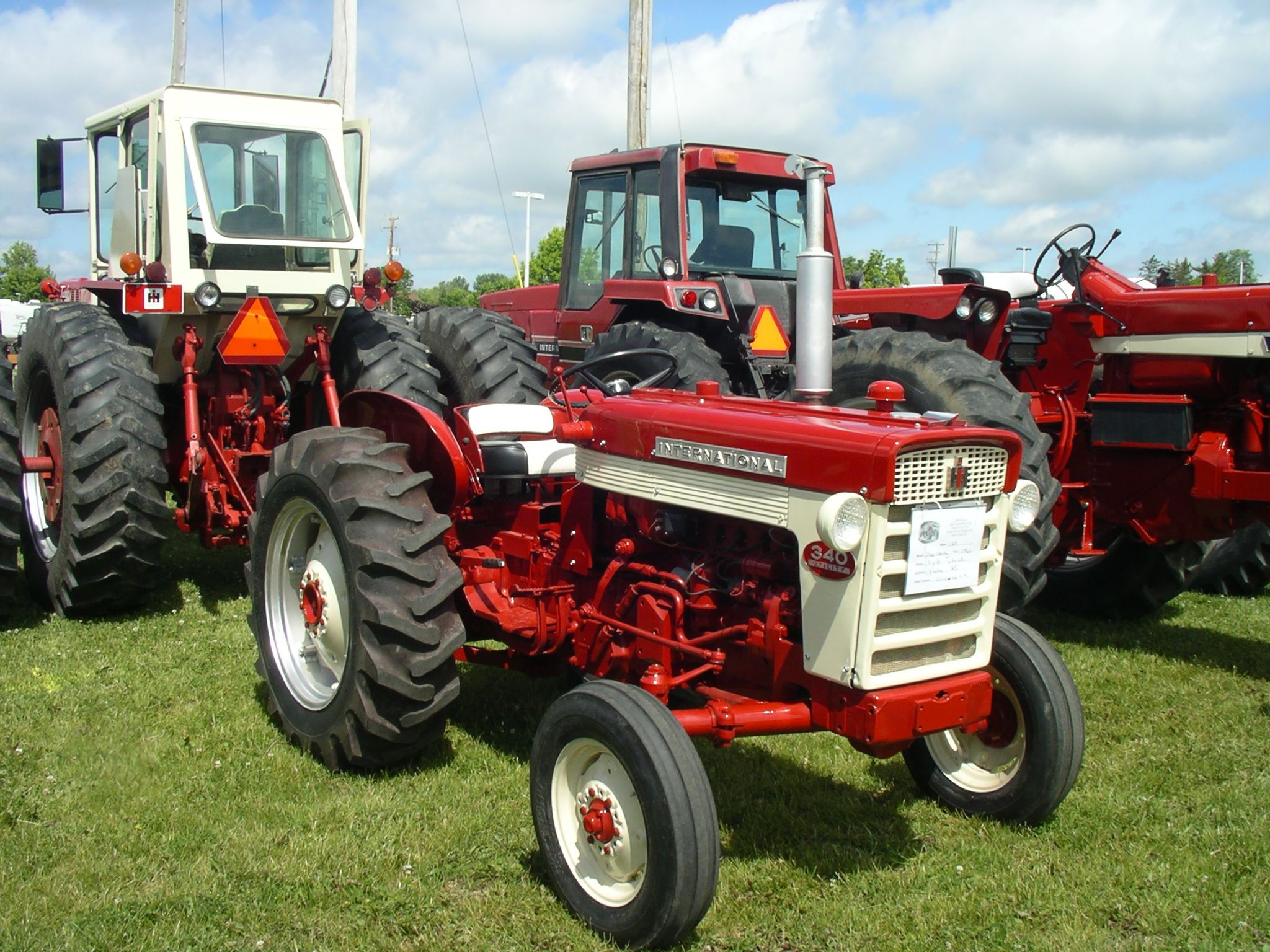 Ih 340 Utility Tractor Parts : Ih utility red power round up pinterest
