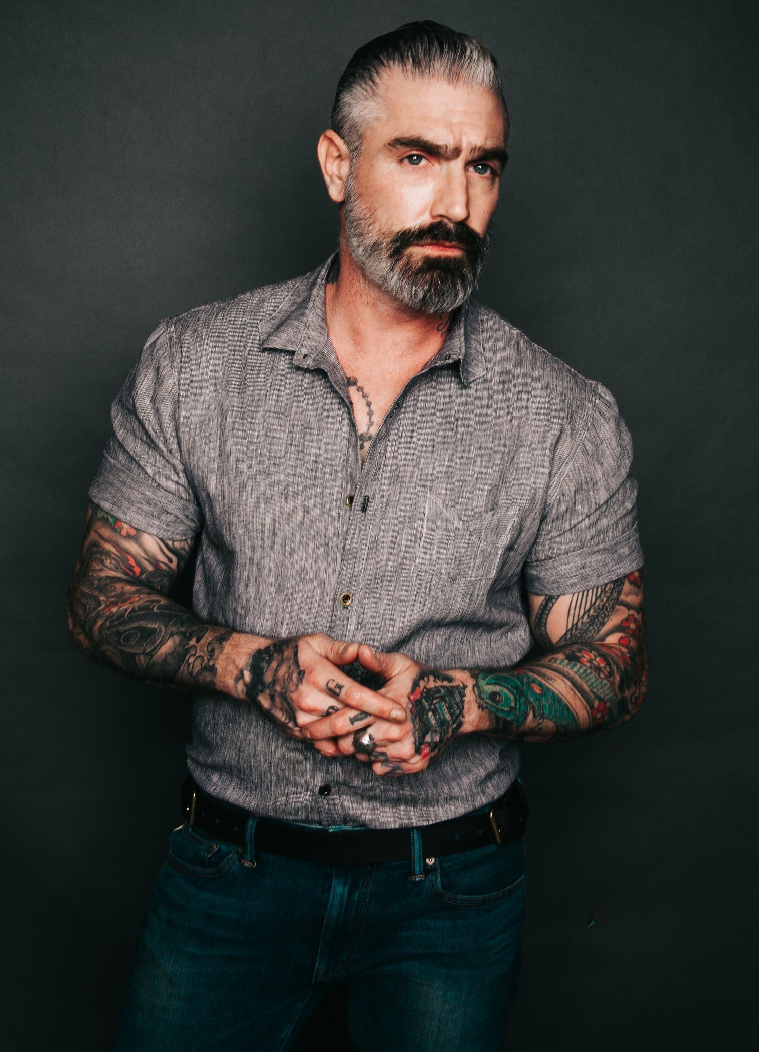 Club collar rolled sleeve button up how to roll sleeves