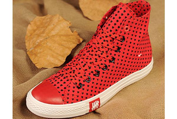 converse Valentines Day Collection Converse All Star Chuck Taylor Black  Lovely Heart Lovers Sneakers High Red 54635748d